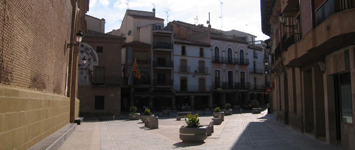 Cofradía Jesús Nazareno - Calanda Plaza de España Calanda