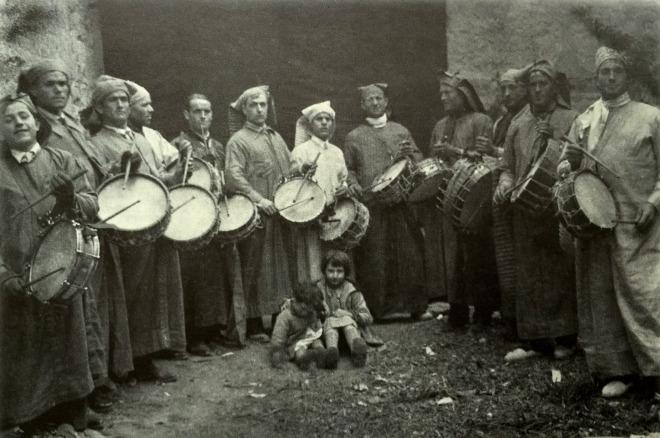 Tamborileros de principios del siglo XX