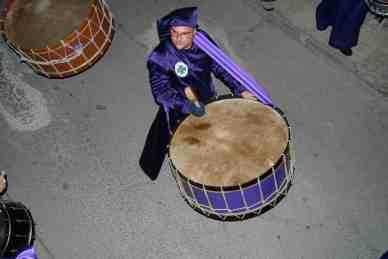 Raúl Campoy tocando el Bombo