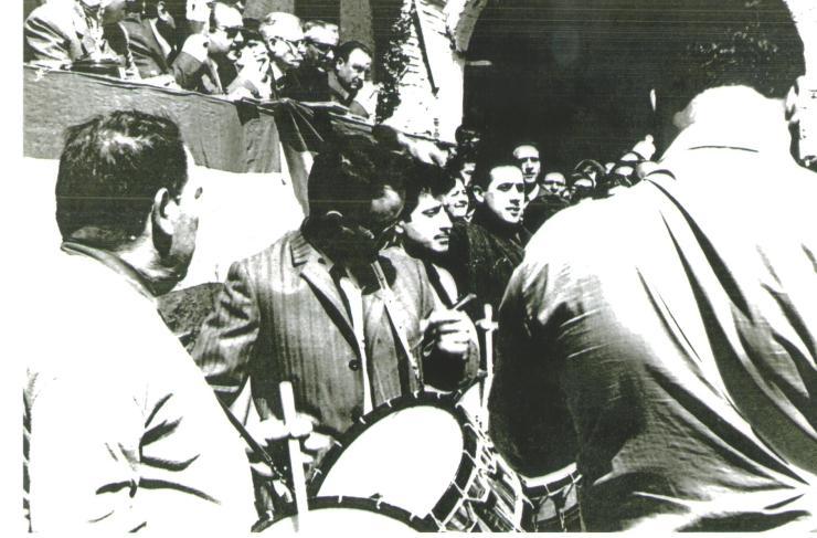 La cuadrilla de Tomás Gastón en el concurso de Tambores de Híjar año 1969