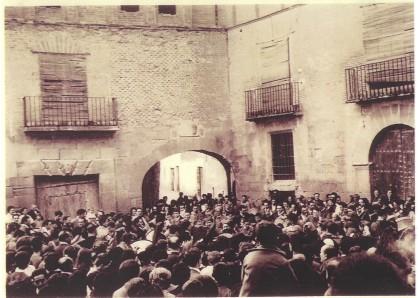 Rompida de la Hora en la Plaza de la Hoya Años 60
