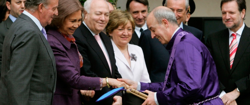 Cofradía Jesús Nazareno Calanda - Tambores de Calanda en París con los Reyes de la España 2016