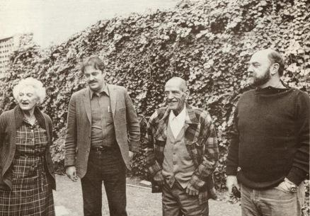 Luis Buñuel y su familia (Con su mujer, Jeanne, y su hijos Rafael y Juan Luis)