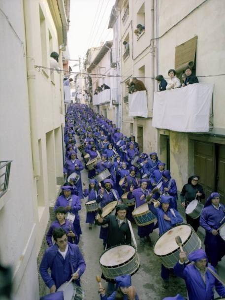 """Procesión de """"El Pregón"""" - Semana Santa de Calanda en los años 80"""