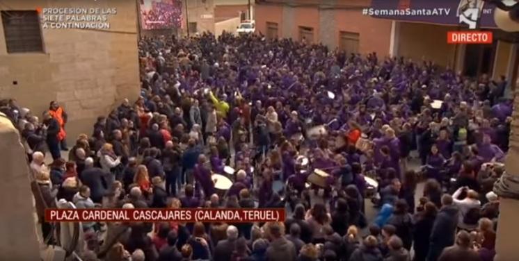 Romper la Hora Plaza de la Hoya - Semana Santa Calanda 2018 (Retransmisión de Aragón TV)