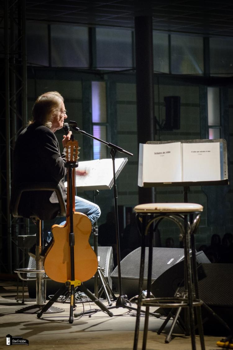 Concierto Luis Eduardo Aute en Calanda 05-04-2015 (Foto de JLGG)
