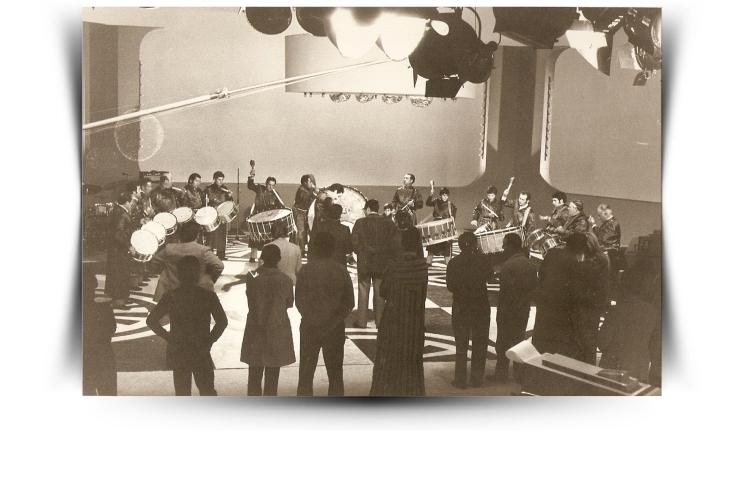 Año 1977. Foto de la grabación del programa que dirigía José María Iñigo (Directisimo - TVE)